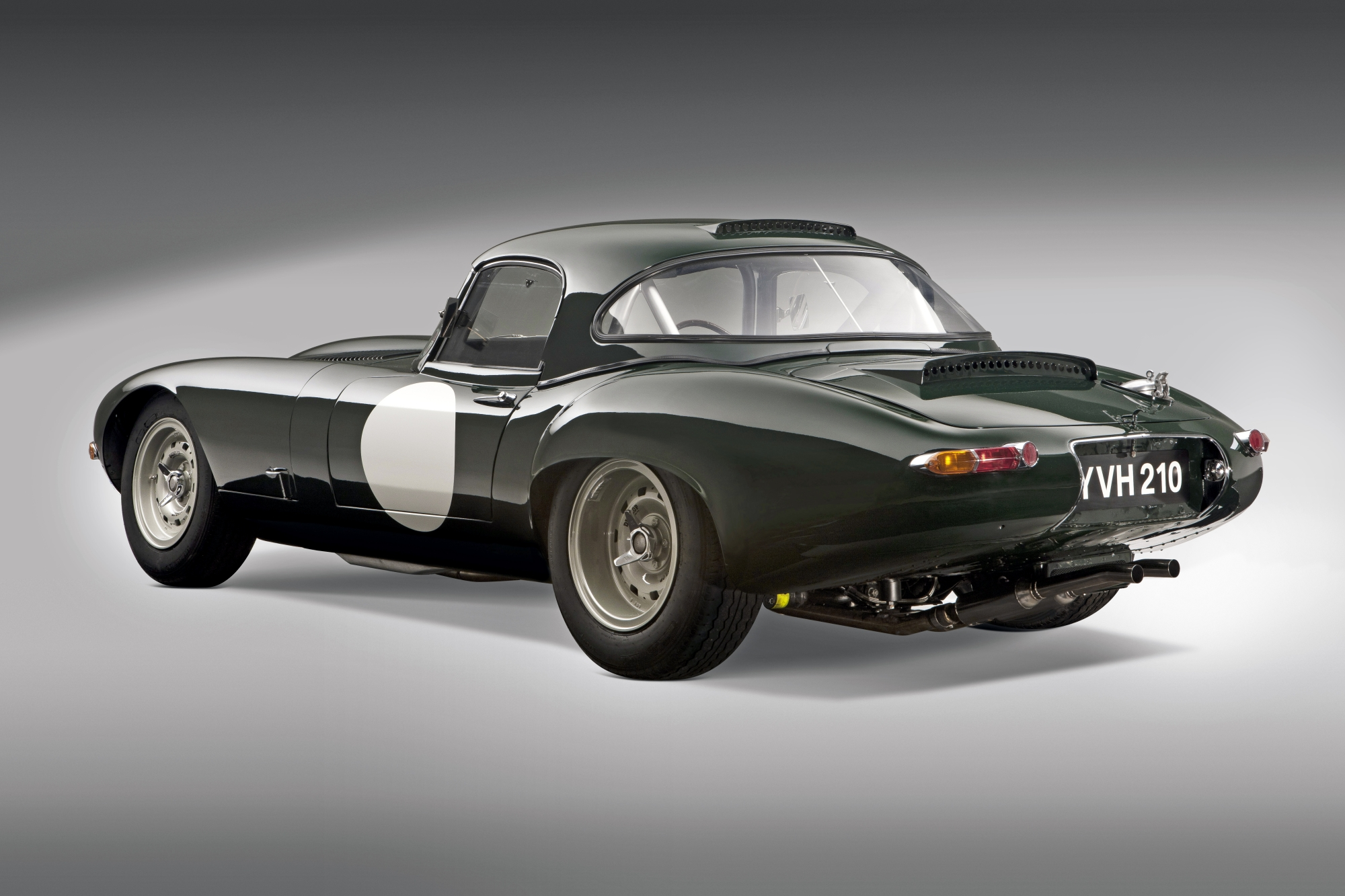 Us Grand Prix >> 1963 Jaguar E Type Lightweight | Previously Sold | FISKENS