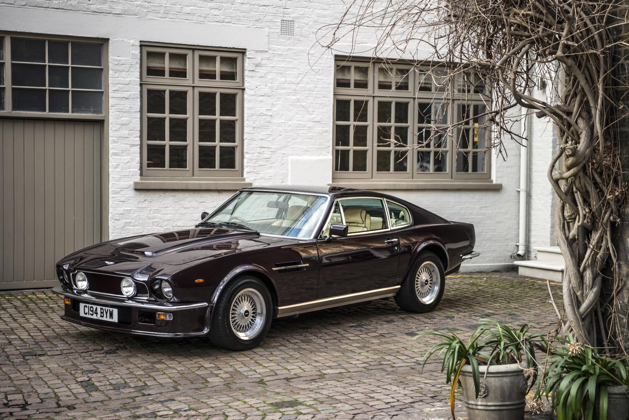 1985 Aston Martin V8 Vantage | Cars for sale | FISKENS