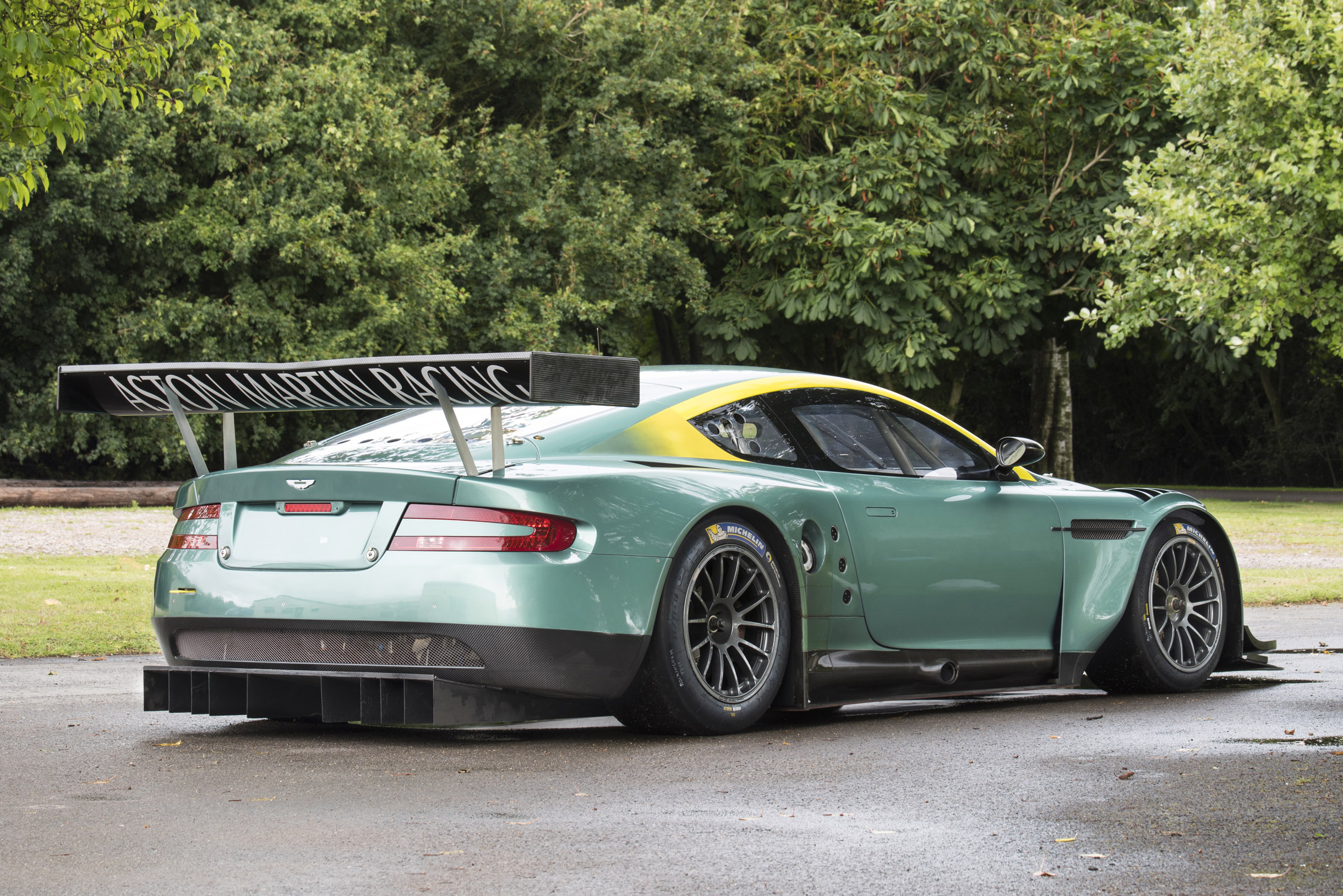 2005 aston martin dbr9 previously sold fiskens. Black Bedroom Furniture Sets. Home Design Ideas